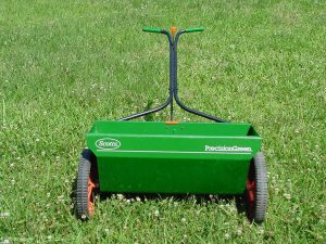 Drop-spreader2-300x225.jpg